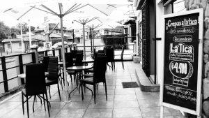 terraza de kafé-kafó
